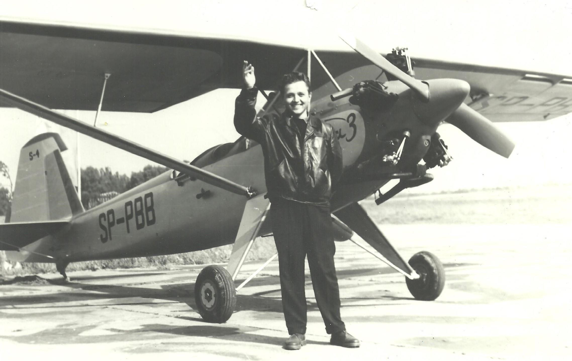 mjr pil. Jan Cierniak, instruktor spad. przy samolocie Sido S1 Kania 3 001